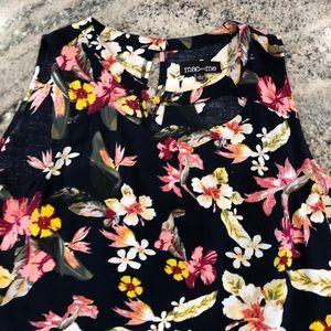 Floral sleeveless shirt